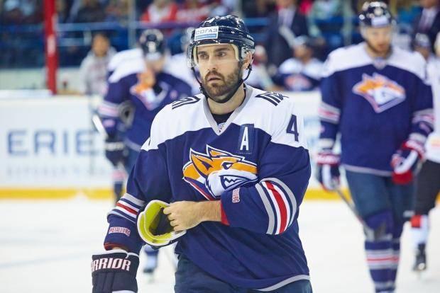 Его в НХЛ не пустил Малкин, а теперь он поможет «Магнитке» обыграть СКА в финале