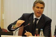 Розетти объявил об отставке в конце судейского заседания