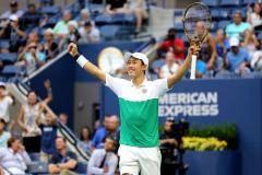 Нисикори в пяти сетах обыграл Чилича в четвертьфинале US Open