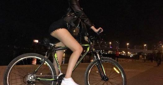Болят колени после велосипеда - почему и что с этим делать