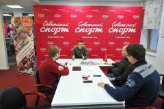 На концерте в Москве Энрике Иглесиас признался, что женат на Анне Курниковой