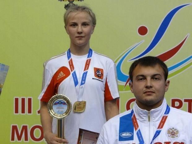 Первую золотую медаль в соревновании борцов-вольников завоевала москвичка Анастасия Степанова