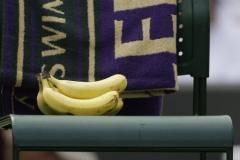 «Нам дали три банана на десять человек!»