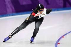 Золото ЧМ по конькам в классическом многоборье у женщин впервые уезжает в Японию