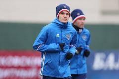 Глупейший инцидент сезона, подготовка России к Месси и внезапный главный матч