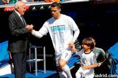 Роналду провел весь день с мальчиком-беженцем, которого сбил репортер