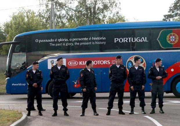 Роналду съел весь каравай. Сборную Португалии ярко встретили в Кратове