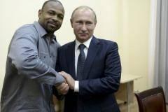 Рэп, бокс, баскетбол. Что будет делать Рой Джонс в России