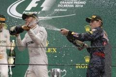 Дождь и Безумный Макс. Как Ферстаппен украсил Гран-при Бразилии