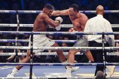 10 лучших боксеров мира прямо сейчас