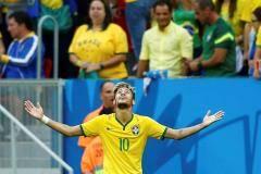 Неймар сделал Это`О. Лидер бразильцев затмил славу идола камерунцев, уже не способного выйти на поле