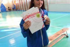 «Папа– футболист, ая стрелять буду». Юлия Абросова изТюмени взяла две золотые медали встрельбе