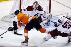Восьмая подряд победа Брызгалова, продолжение результативной серии Ковальчука – в обзоре игрового дня НХЛ [ВИДЕО]