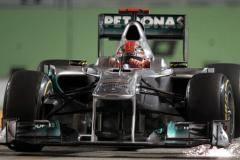 Шумахер попал в страшную аварию на Гран-при Сингапура [ВИДЕО]
