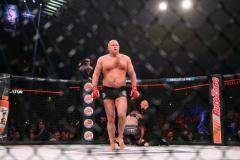 Федор Емельяненко нокаутировал Фрэнка Мира на 48-й секунде боя (видео)