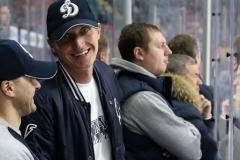 Иван Скобрев: Сына отдал в хоккей. Хватит в семье конькобежцев