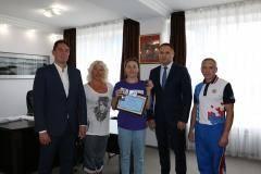 Сергей Алексеев поздравил Арину Опенышеву с победой на чемпионате Европы
