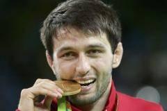 Сослан Рамонов: Это золото я посвящаю Бесику Кудухову. Он смотрел на меня с неба