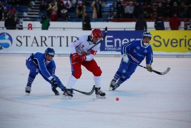 Ломанов возглавил гонку снайперов