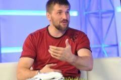 Виталий Минаков: Макгрегор будет избегать встречи с Хабибом, у него нет шансов