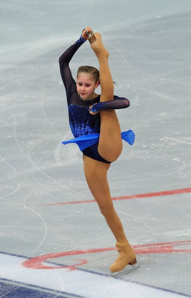 Юлия Липницкая стала чемпионкой Европы по фигурному катанию