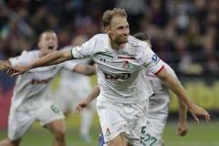 «Локомотив» в меньшинстве на 88-й минуте вырвал победу в матче с ЦСКА