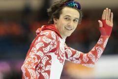 Денис Юсков выиграл золото чемпионата мира в Сочи, Иван Скобрев - третий