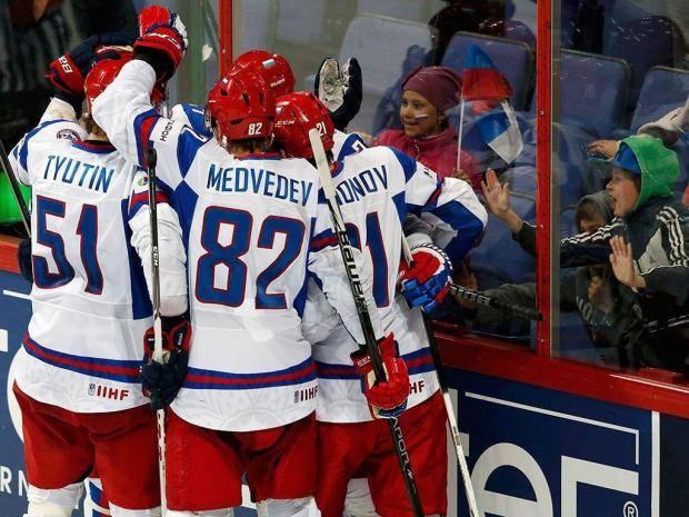 Первое звено сборной России по хоккею претерпело изменения