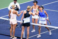 Макарова и Веснина проиграли в финале турнира в Индиан-Уэллсе