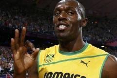Болт выиграл свой забег в полуфинале в беге на 200 метров на ЧМ