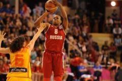 Россия с победы стартовала на женском Евробаскете