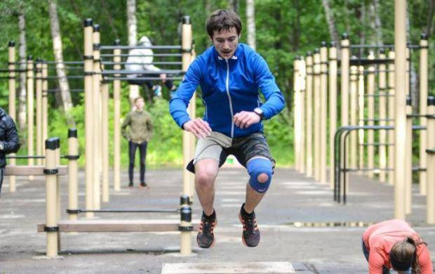 Вход бесплатный. Где в Москве бесплатно заниматься йогой, кроссфитом и бегом
