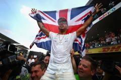 Хэмилтон – четырехкратный! Британец досрочно выиграл чемпионский титул