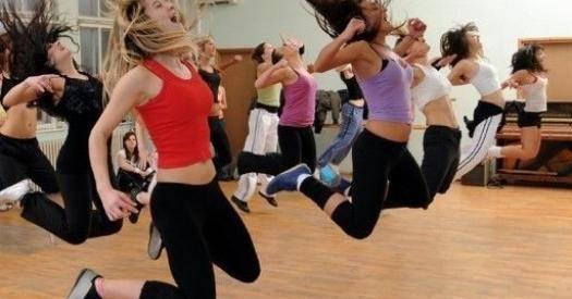Зумба фитнес для похудения: видео упражнения