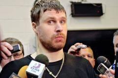 Привет, Илья, давно не виделись! Брызгалов снова хочет подписать контракт в НХЛ