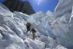 Президент Союза альпинистов и скалолазов: Вряд ли кого-то откопают живым