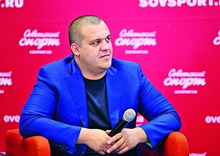 Умар Кремлев: Хотим устроить матч-реванш между Гассиевым и Усиком
