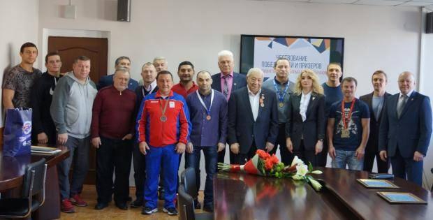 В Красноярске состоялось чествование победителей и призеров чемпионатов мира по борьбе среди ветеранов