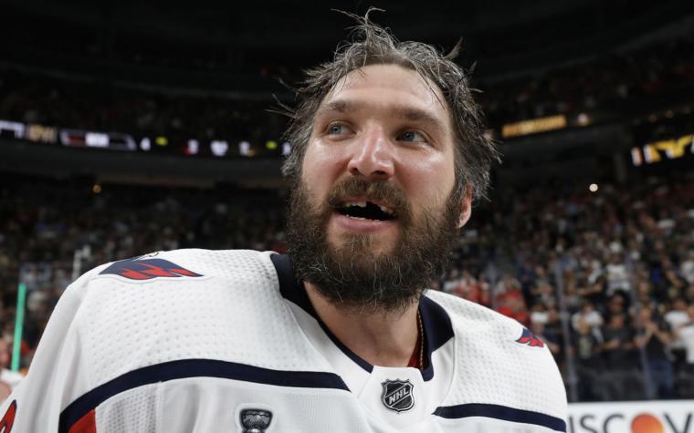 Овечкин сделал дубль, Ковальчук попал на «Титаник». Все о дне НХЛ (видео)