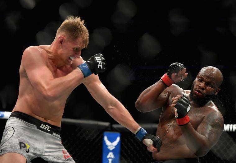 Тарас Кияшко: Волкову надо было заканчивать бой с Льюисом в первом раунде