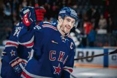 Крикунов режет правду про «Динамо»! А Кожевников защищает Дацюка. Все о хоккее