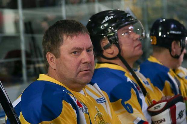Команда по хоккею Пензенской области выиграла у «Российской прессы»