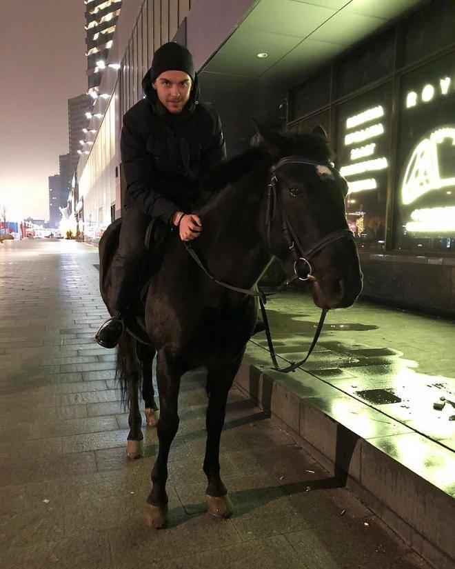 Чем Капризов похож на Шатунова. Семь самых популярных игроков сборной России