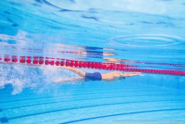 В Сыктывкаре начались республиканские соревнования по плаванию среди ДЮСШ