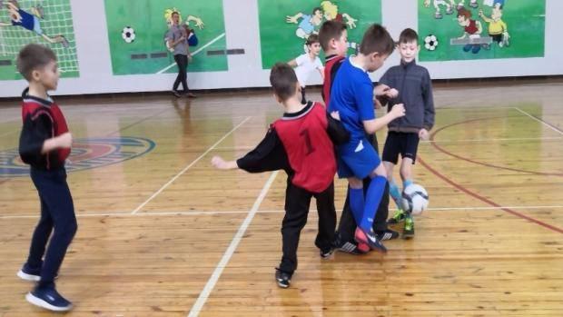 Нурлатские юноши принимают участие в турнире по мини-футболу