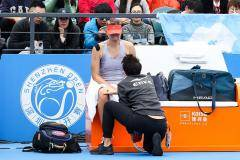 Новая травма Шараповой. Итоги первой теннисной недели