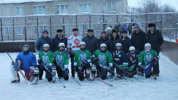 В Тукаевском районе прошло Первенство по хоккею с шайбой