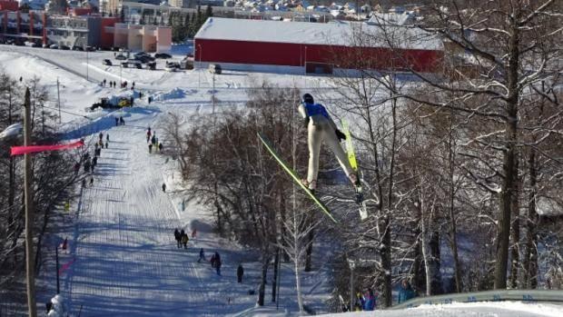 В Лениногорске прошли соревнования по прыжкам на лыжах с трамплина