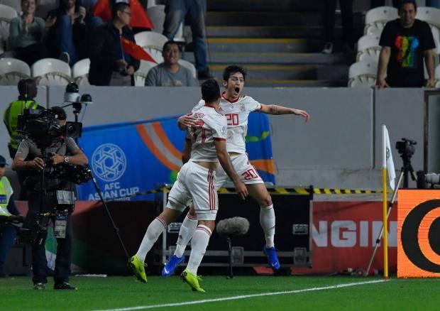 Гол и передача Азмуна помогли Ирану разгромить Китай в 1/4 финала Кубка Азии