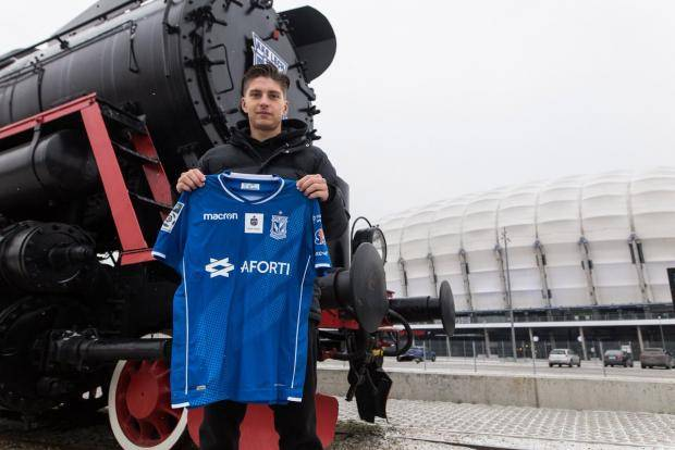 «Лех» объявил о переходе нападающего ЦСКА Жамалетдинова (видео)